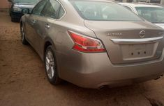 Nissan Altima 2015 Brown for sale