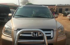 Super Sharp Honda Pilot 2006 Gold for sale