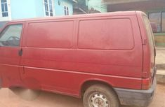 Clean Volkswagen Transporter 1999 Red for sale