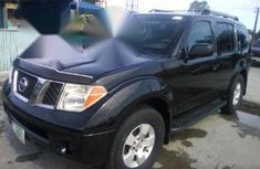 Clean Used Nissan Pathfinder 2005 Black for sale