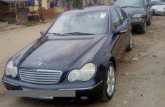 Mercedes-Benz C200 2005 Blue for sale