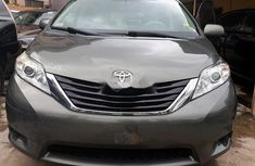 Toyota Sienna 2012 ₦8,500,000 for sale