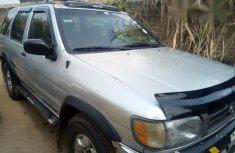 Nissan Pathfinder 1995 Silver for sale