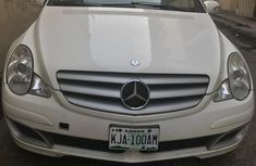 Mercedez Benz R350 4matic 2006 White for sale