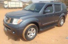 Tokunbo Nissan Pathfinder 2006 Gray For Sale