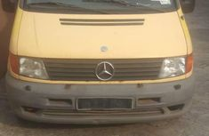 Mercedes-Benz Vito 2000 Yellow for sale