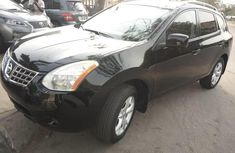 2009 Nissan Rogue Automatic Petrol well maintained for sale