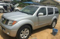 Clean Nissan Pathfinder 2007 Gray for sale