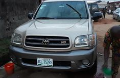 Clean Nigeria Used Toyota Sequoia 2004 Gold for sale