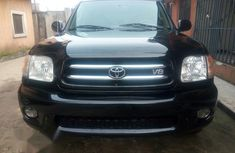 Clean Toyota Sequoia 2004 Black for sale