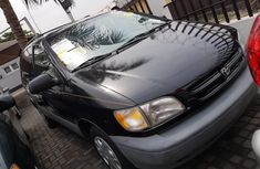 Toyota Sienna 1998 Petrol Automatic Black for sale