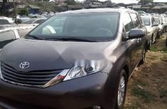 Toyota Sienna 2014 Petrol Automatic for sale