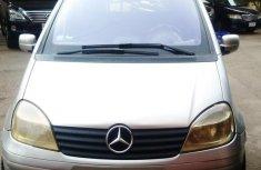 Mercedes-Benz Vaneo 2004 1.6 Trend Silver