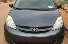 Toyota Sienna 2010 LE 7 Passenger Gray for sale