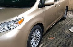 Toyota Sienna 2010 XLE 7 Passenger Gold for sale