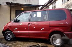Nissan Serena 2000 Red for sale