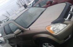 Honda CR-V 2004 Gold for sale