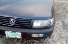 Volkswagen Passat 1998 Blue for sale