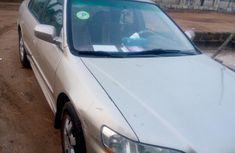 Honda Accord 5P 2001 Gold for sale