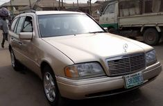 Mercedes-Benz C180 2000 Gold for sale