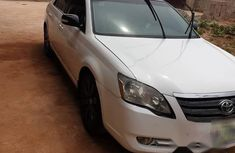 Toyota Avalon 2008 White for sale