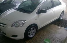 Toyota Yaris 2008 1.3 VVT-i Automatic White for sale