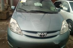 Toyota Sienna XLE 2010 Blue for sale