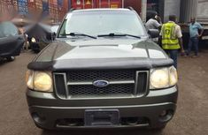 Ford Explorer 2004 Green  for sale