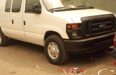 Ford E-350 2010 Super Duty Van White for sale