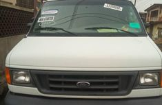 Ford E-250 Extended 2006 White for sale