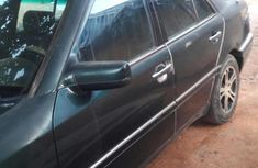 Mercedes-Benz C180 1999 Green for sale