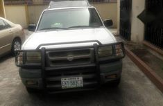 Nissan Armada 2000 White for sale