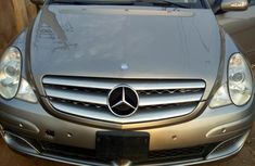 Mercedes-Benz R350 2008 Gold for sale