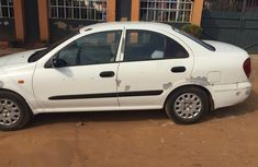 Nissan Sunny 2005 White for sale
