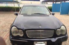 Mercedes-Benz C240 2002 Black
