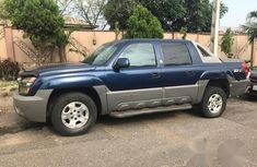 Chevrolet Avalanche 2002 Blue for sale