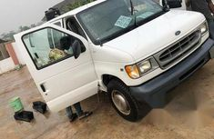 Ford E-250 2006 White for sale