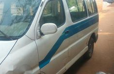 Toyota HiAce 2004 White for sale