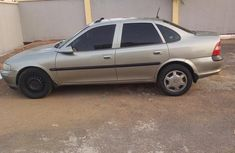 Opel Vectra 2001 2.2 Automatic Gray for sale