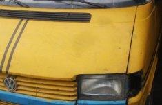 Volkswagen Transporter 2000 Yellow for sale