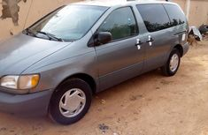Toyota Sienna 1998 Green for sale