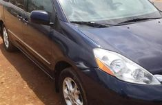 Toyota Sienna 2010 Limited 7 Passenger Blue for sale