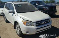 Toyota rav 4 white for sale
