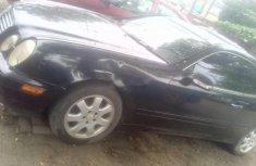 Black Mercedes-Benz CLK 2002 for sale