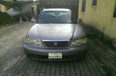 Neat Honda Legend 2000 Gold for sale