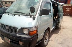 Toyota HiAce 2000 Gray for sale