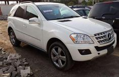 White Foreign Used 2011 Mercedes Benz ML350 4matic for sale