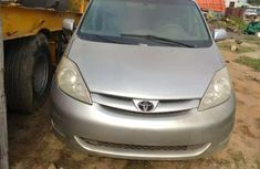 Foreign used Toyota Sienna 2006 for sale