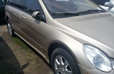 Tokunbo Mercedes Benz R350 2008 Gold for sale