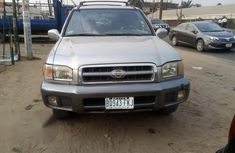 Nissan Pathfinder 2000 Automatic Blue for sale